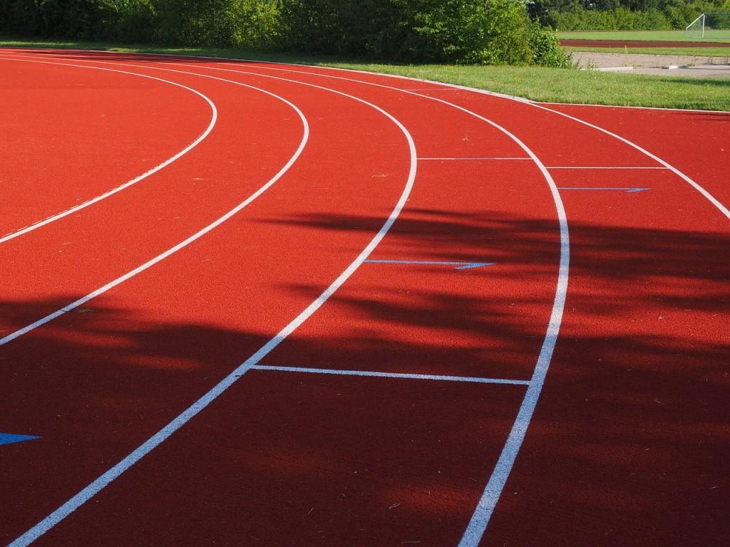 tartan-track-609682_1280